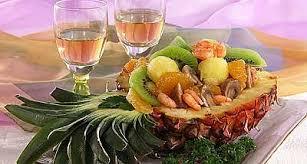 маленького, манго, папайя, ананаса, звездчатого, маракуйя, бадьяна, сахара, кипятка, имбиря, корня, свежего, тертого, полоска, лайма, цедры, жасминового